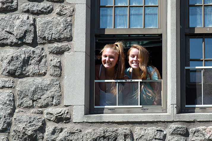 Image 7:   <img 